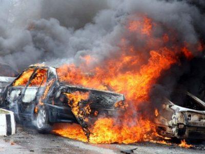 कार बम विस्फोटनमा परी दशको मृत्यु, २६ घाइते