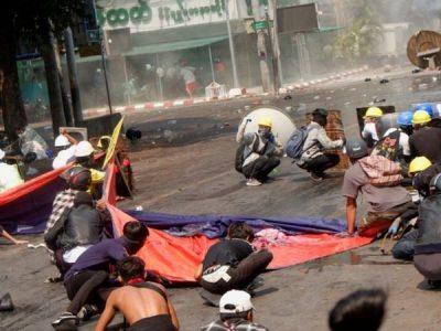 म्यान्मारमा कू विरुद्ध प्रदर्शनमा उत्रिएका ३८ जनाको मृत्यु