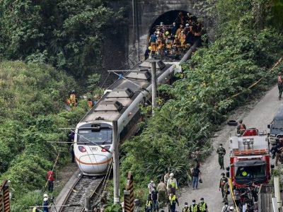ताइवान रेल दुर्घटनाबाट देशभर शोक, एक दशकयताकै भयानक दुर्घटना