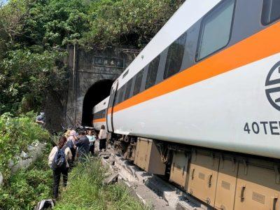 ताइवानमा रेल दुर्घटना, ३६ जनाको मृत्यु